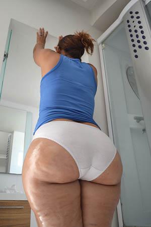 Thick latina in leggings pt2 5
